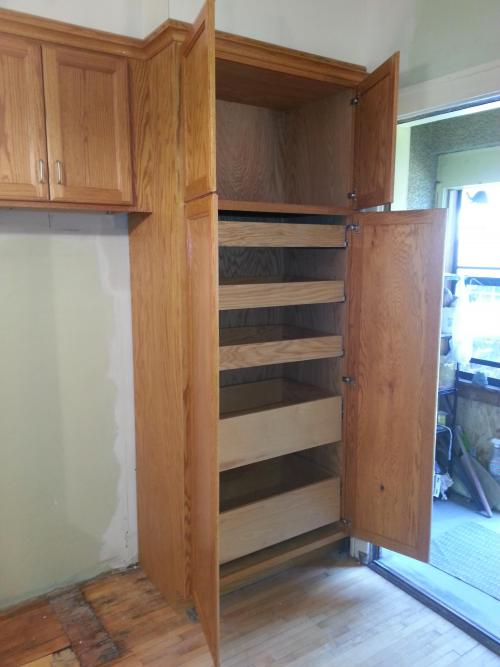 Pantry metropolis for Built in pantry cabinets for kitchen